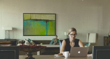 How to Manage Work from Home Team Effectively