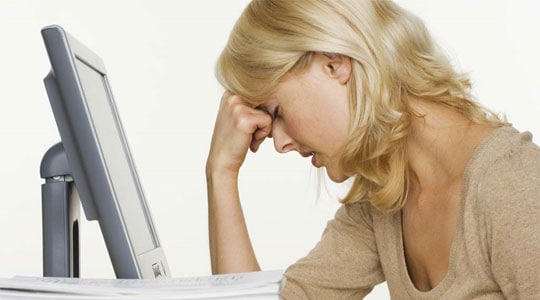 upset blogger Top 3 Mistakes Amateur Bloggers are Prone to Make
