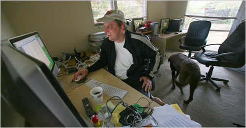 michael arrington at his home office in california 11 Home Offices Of Professional Bloggers For Inspiration