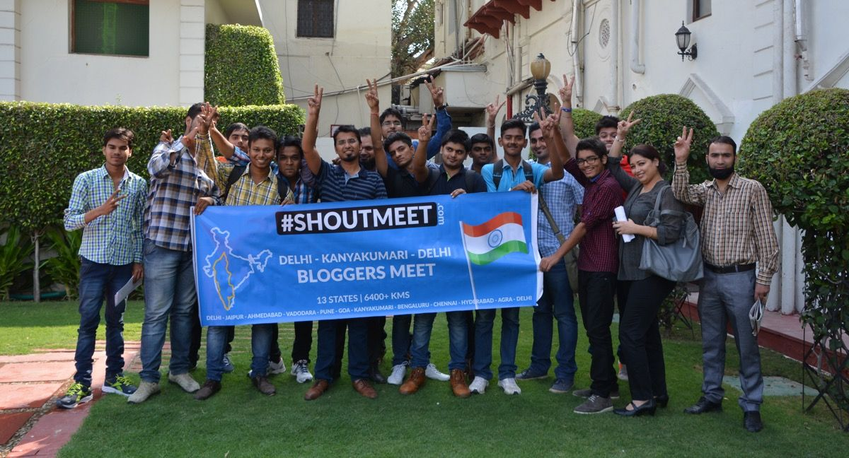 Agra bloggers group pic